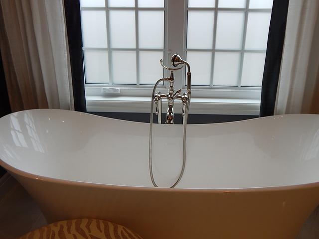 My DIY Bubble Bath Recipe Will Pamper You  bathtub