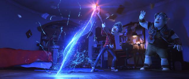 Foto dos personagens de Tom Holland e Chris Pratt em Dois Irmãos: Uma Jornada Fantástica