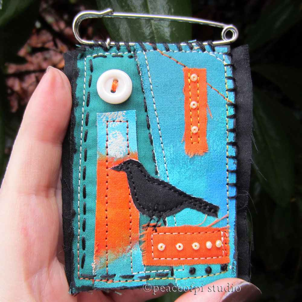 Peaceofpi Studio Sewing Kilt Pin Fabric Brooches With Crows