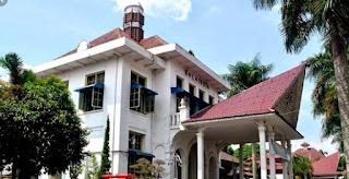 gedung kantor walikota  Kota Pematangsiantar