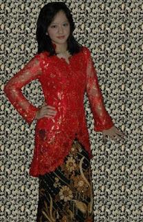 Motiv Usaha Model Kebaya Wisuda Favorit Mahasiswi