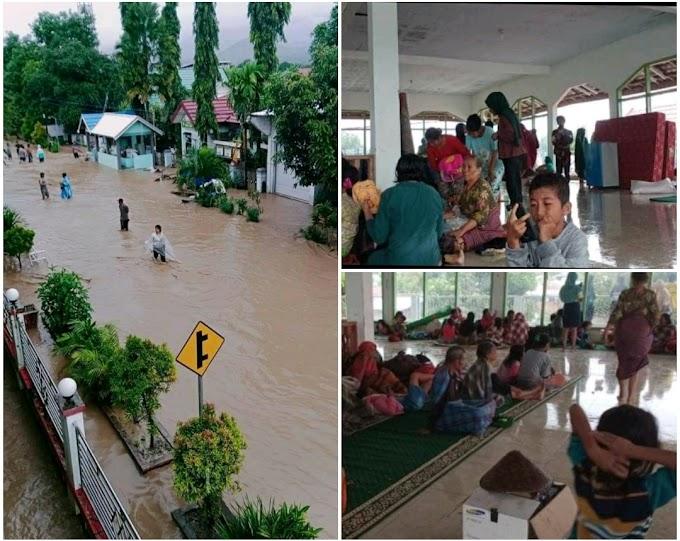 Rumah Diterjang Banjir, Warga Desa Leu Bima, Mengungsi Ke Masjid Hingga Kesulitan Makanan