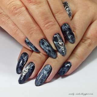 https://snaily-nails.blogspot.com/2017/10/siwy-dym.html