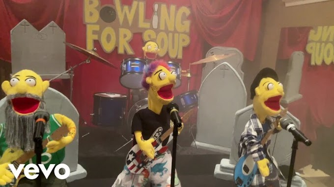 "Bowling For Soup premiere video for new song ""Getting Old Sucks (But Everybody's Doing It)"""
