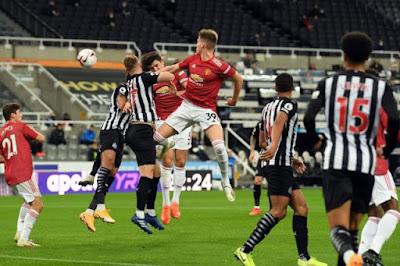 ملخص واهداف مباراة مانشستر يونايتد ضد نيوكاسل يونايتد (4-1) في الدورى الإنجليزى