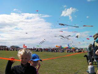 kite madness on the seafront, prevailing winds