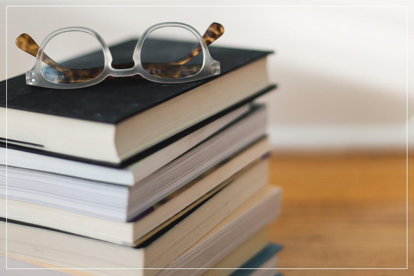 30 książek, które w swoim życiu musisz przeczytać. Czwartkowa czytelnia i moja subiektywna lista książek do przeczytania.
