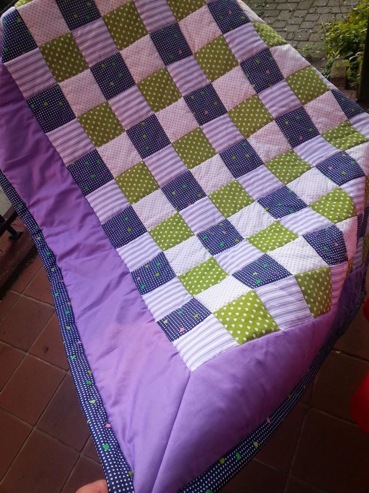bastelteufelchen patchwork decke. Black Bedroom Furniture Sets. Home Design Ideas