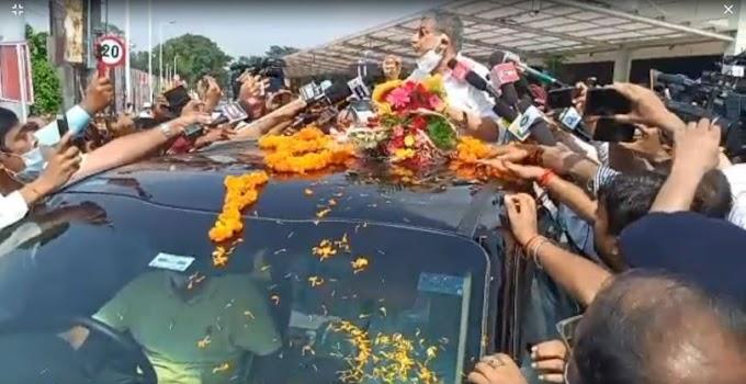 """एनसीसी ने मनाया """"आजादी का अमृत महोत्सव""""शौर्य चक्र विजेता श्री राम श्रेष्ठ तिवारी हुए सम्मानित"""