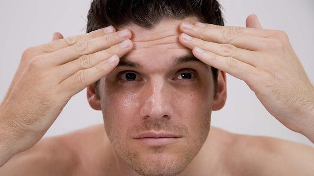 Một số cách đơn giản giup làm căng da mặt cho nam giới