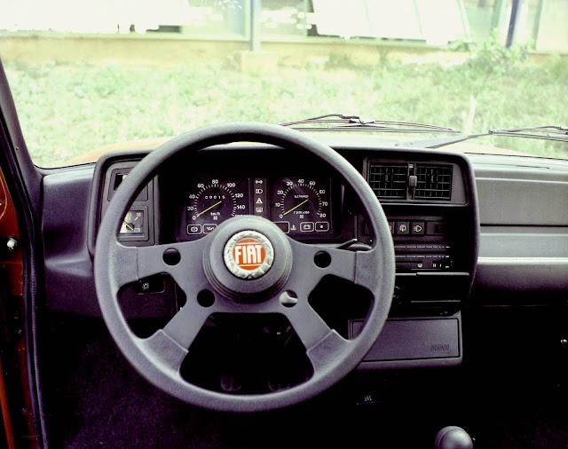 Fiat Oggi CSS 1984 - interior