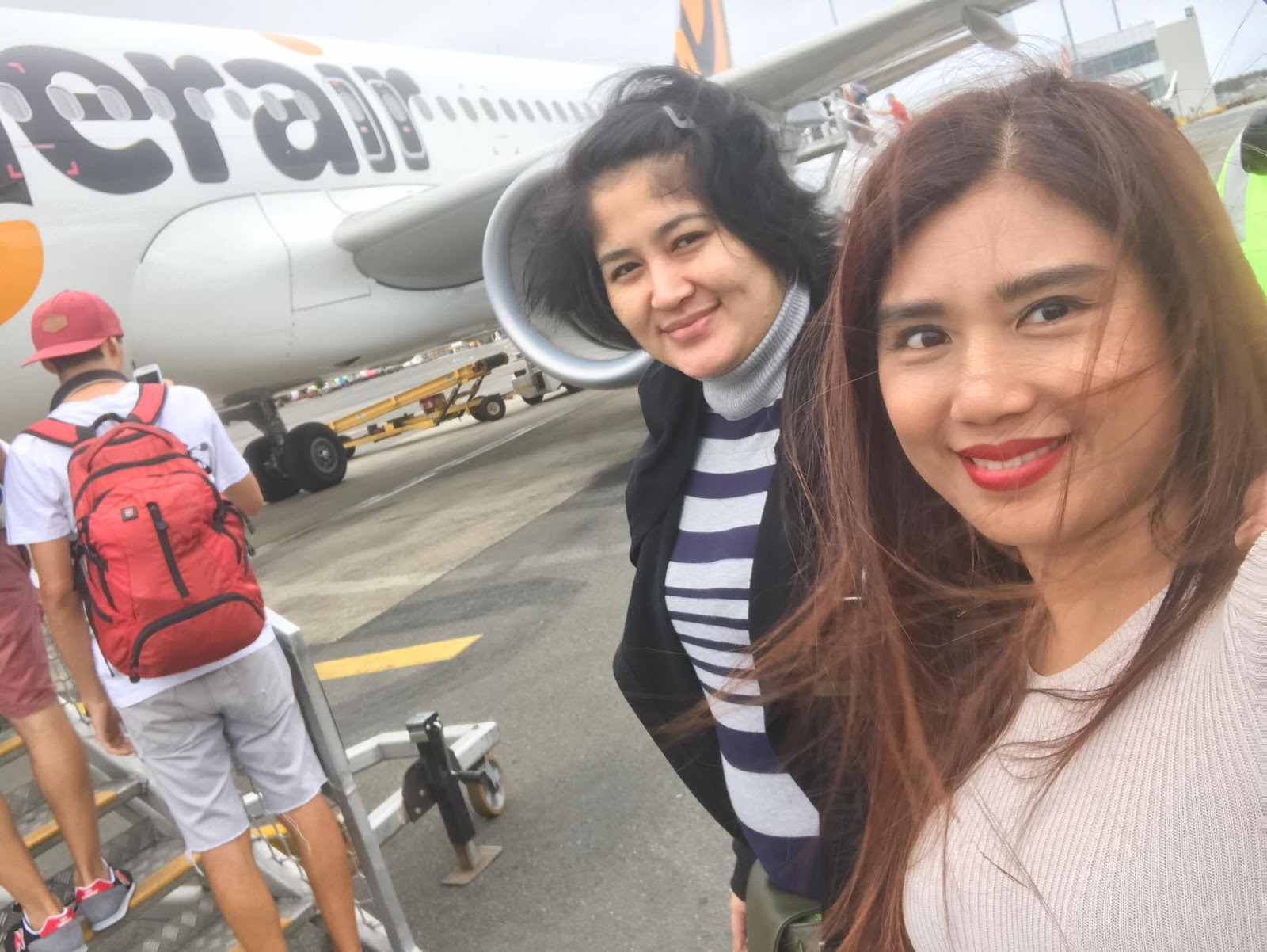 Khine Thin Kyi Trip To Bangkok , Sydney and Melbourne With Actress Soe Myat Thu Zar