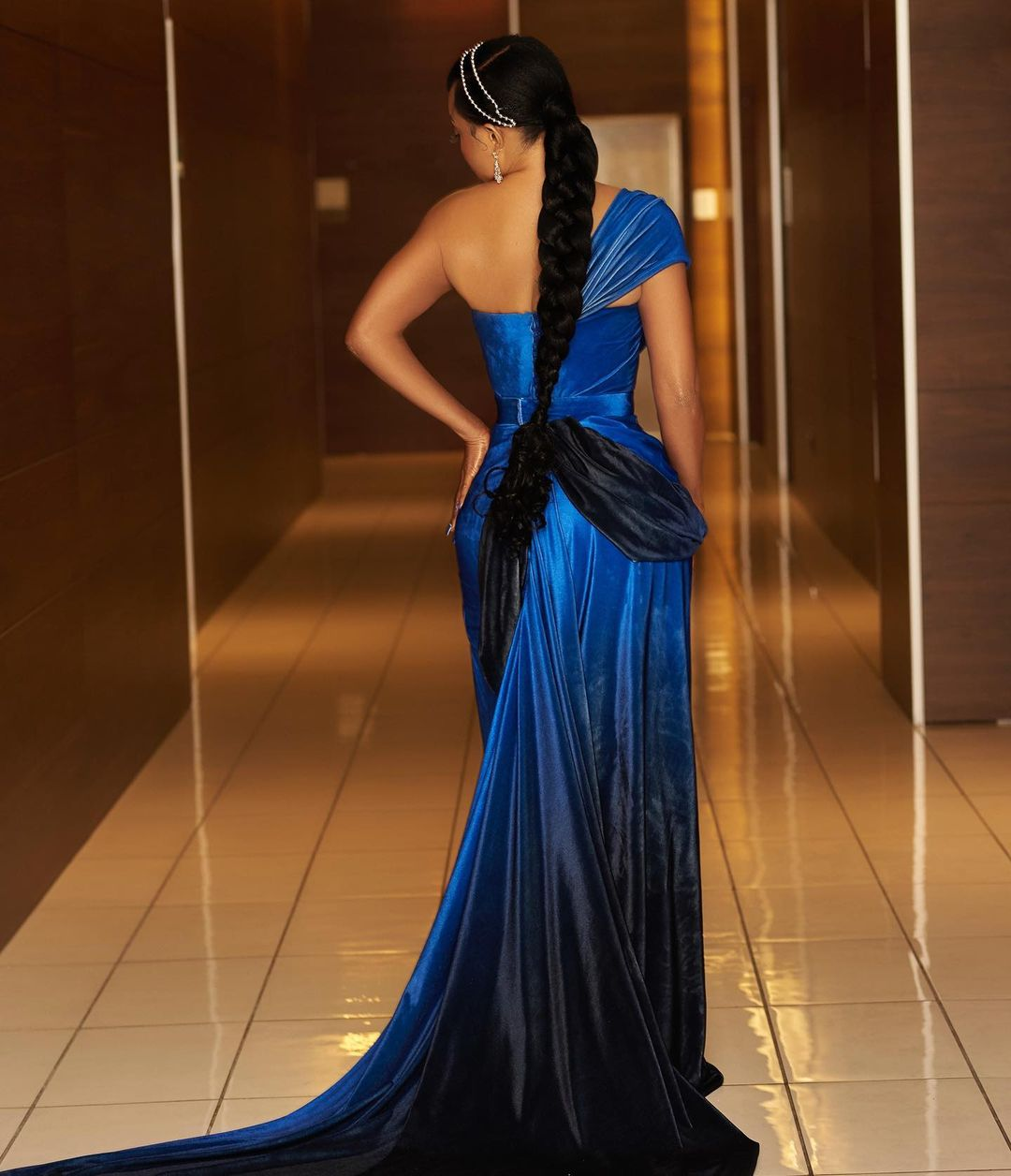 Toke Makinwa in a blue dress