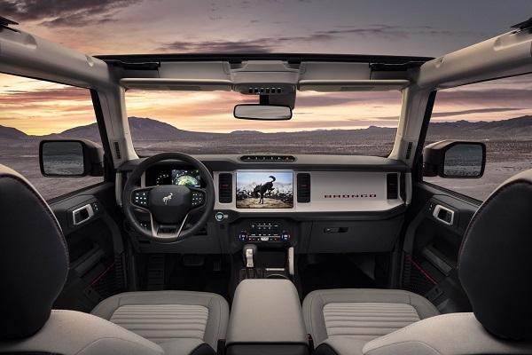 Interior Ford Bronco 4 Puertas 2020