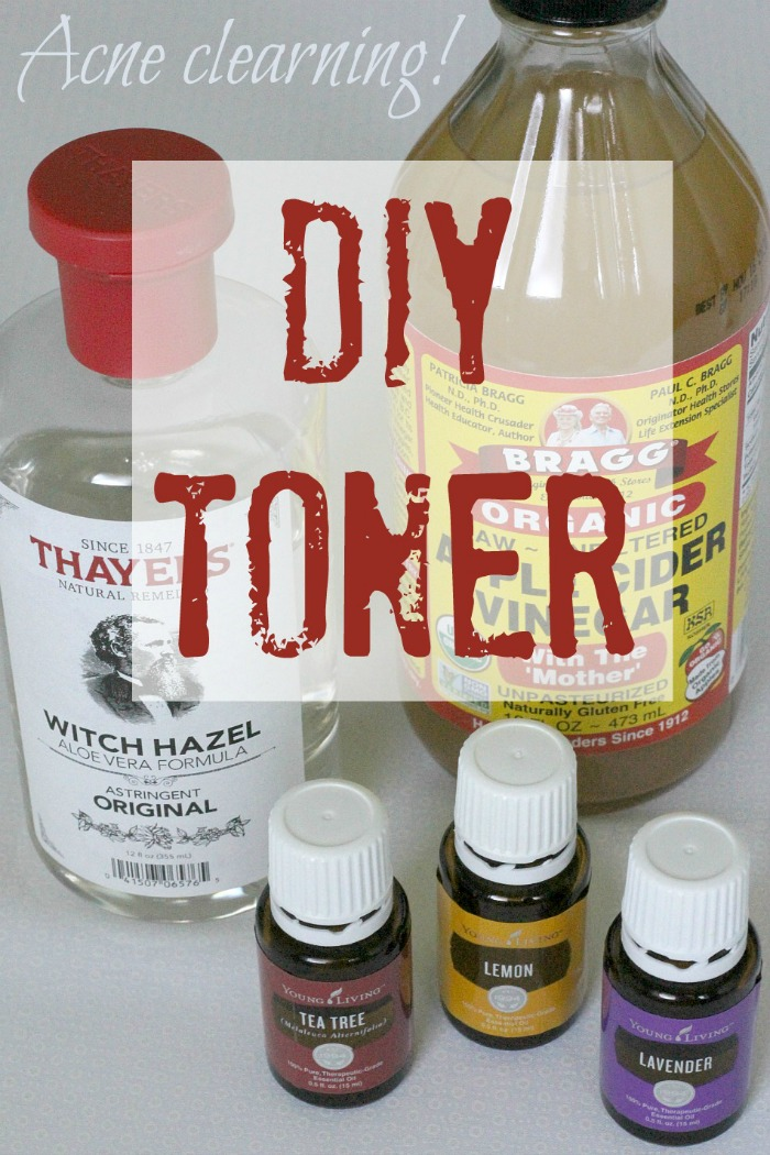 Easy to make, all natural and nontoxic facial toner that clears acne without harmful, harsh chemicals #beautyproducts #acne #skincare #essentialoils