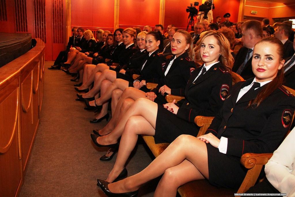 Милиционеров эро фото женщин
