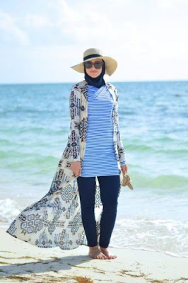 7 Best Beach Outfits For Muslim Girls