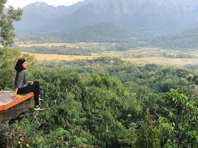 Wisata Punthuk Setumbu Jogja
