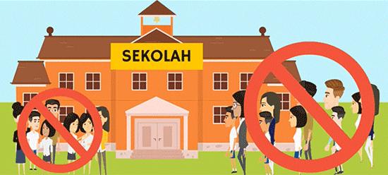 Mencegah berkumpulnya siswa dan Orangtua secara fisik di sekolah