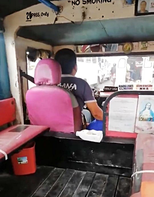 Honesty In Time of Crisis: Davao's Honesty Jeepney