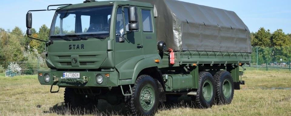 Польща передала для ЗСУ вантажівки Star