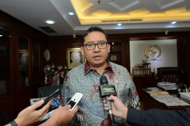 Jokowi Kirim BEM UI ke Asmat, Fadli Zon: Yang Beri Kartu Merah Kemana?
