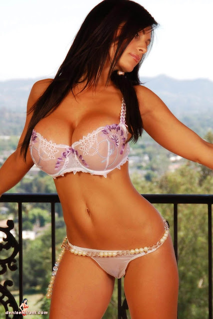 hot-sexy-Denise-Milani-Balcony-Photoshoot-HD-1