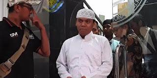 Tepat Jam 12 Malam, Bareskrim Tangkap Gus Nur di Malang
