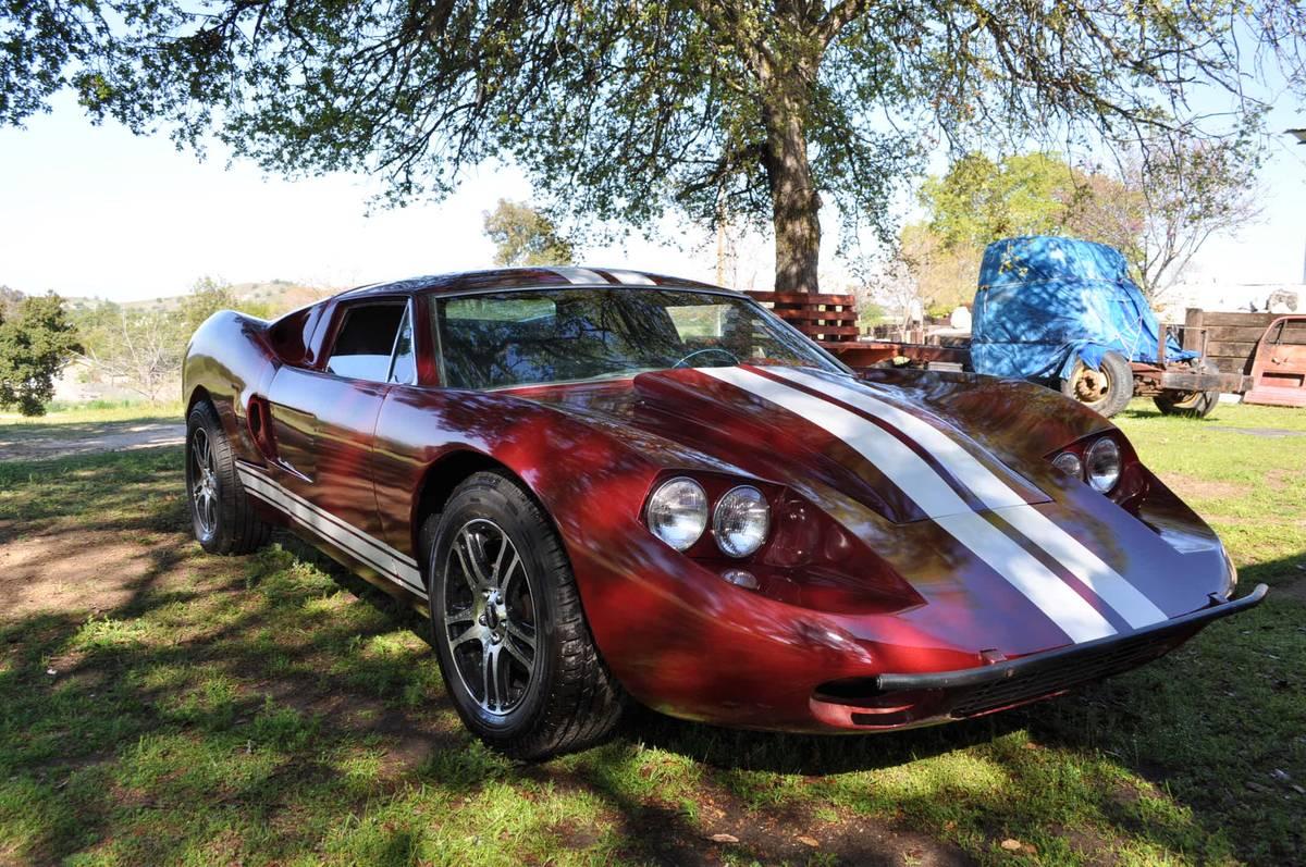 Fraud v Fieroarri: 1969 Fiberfab Avenger GT V8