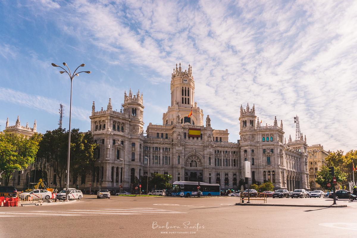 Fuente de Cibeles - Madrid, Spain