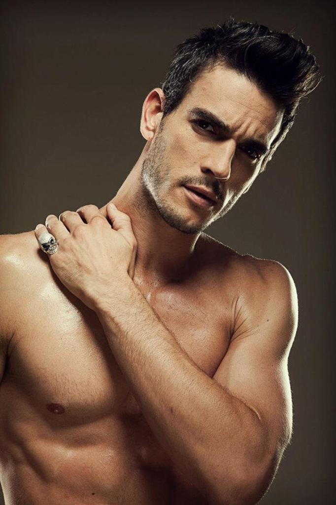 MOST BEAUTIFUL MEN: JO...