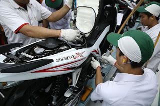 New Honda Revo X Warna Putih