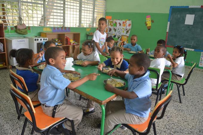Hoy inicia jornada extendida en las escuelas con almuerzo escolar