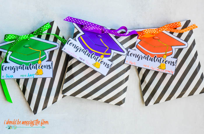 i should be mopping the floor free printable gift tags for