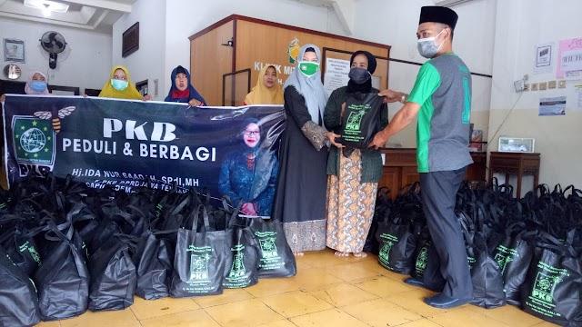 Muslimat dan Perempuan Bangsa Jepara Terima Bantuan Anggota DPRD Jawa Tengah
