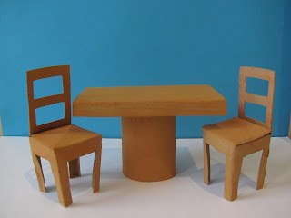 toilet paper tube table and chairs