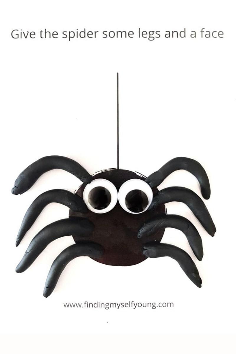free spider playdough mat