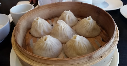 Food: What makes Xiao Long Bao, XLB (Soup Dumpling) so good?