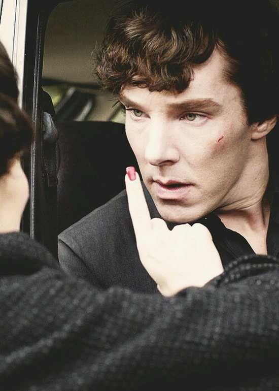 Dominatrix Irene Adler, femdom icon, scratches the face of her Sherlock slave boi, Benedict Cumberbatch