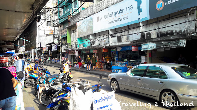 Traveling in Bangkok, Thailand