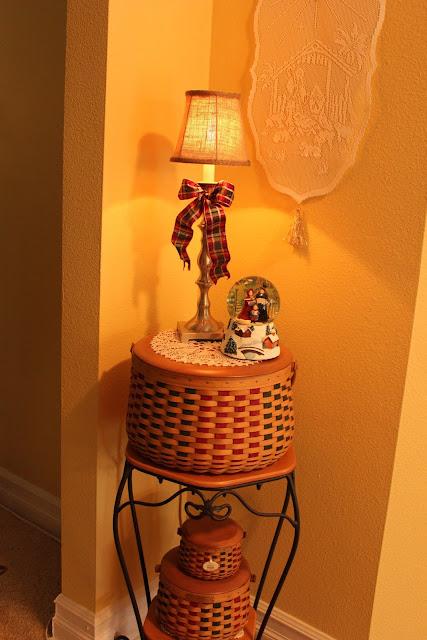 The Plaid Basket A Longaberger Holly Williraye And