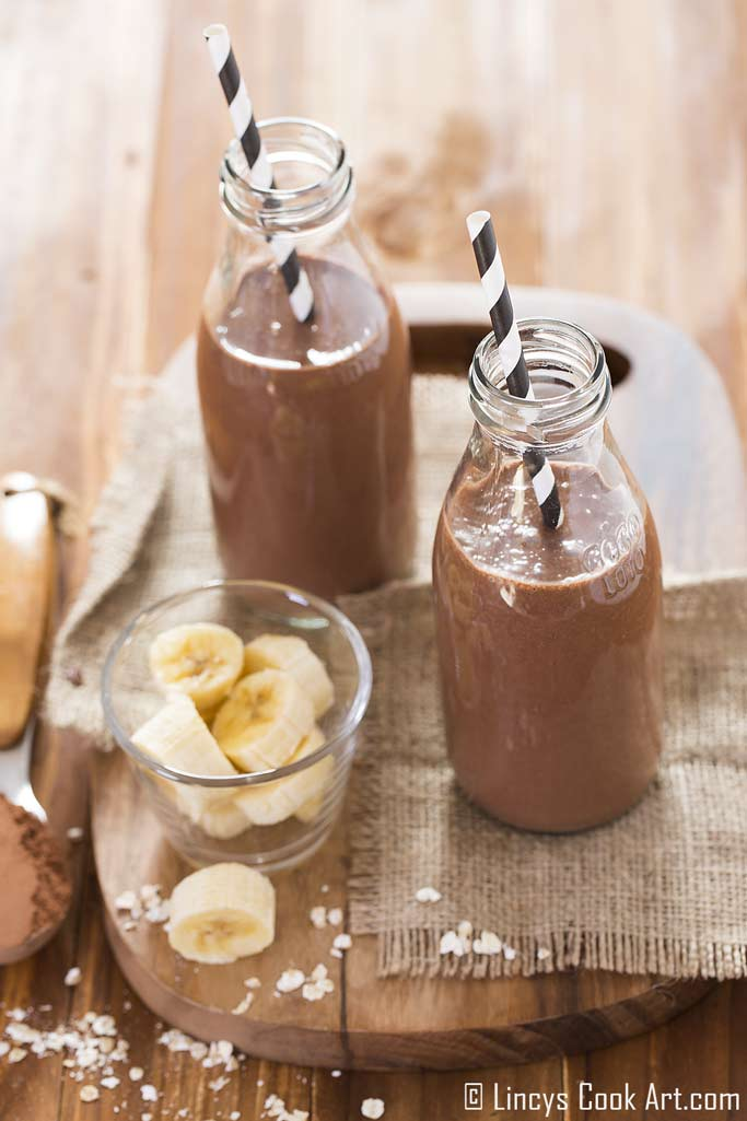 chocolate banana breakfast smoothie recipe