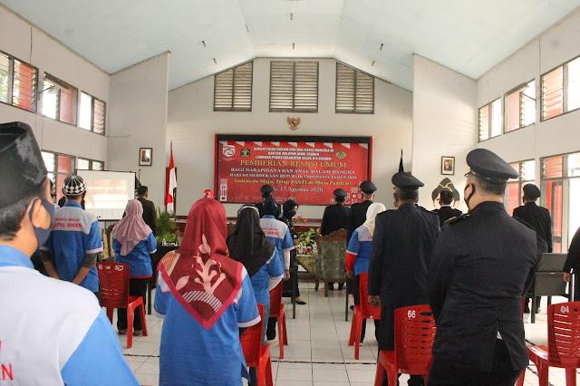 Kodim Sragen - Penyerahan Remisi Umum Kepada Narapidana Lapas Klas II A Kab.Sragen Dalam Rangka Memperingati Kemerdekaan RI Ke- 75 Tahun 2020