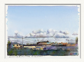 水彩画 雲を見ていた午後 住宅地の上を漂う夏の雲