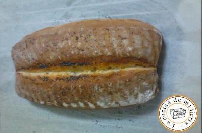 pan casero con tomates secos
