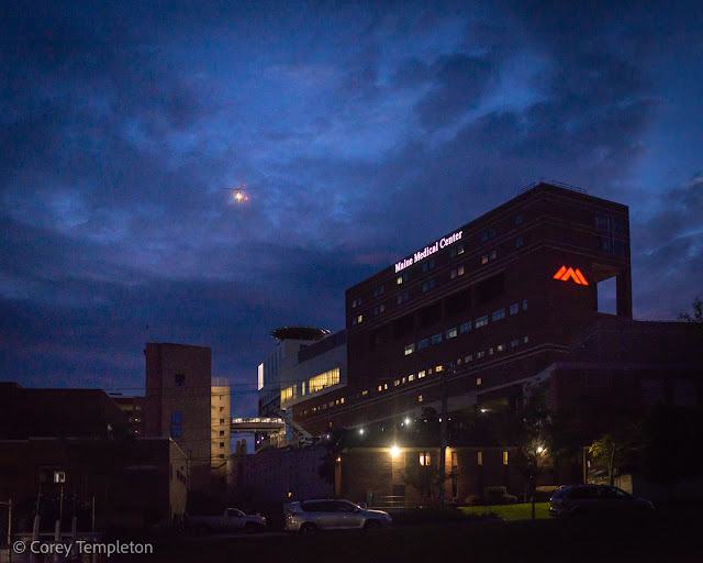 Portland, Maine October 2021 photo by Corey Templeton. A LifeFlight of Maine helicopter departing Maine Medical Center this morning.