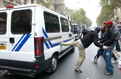 Grigny et autres zones de non-droit : la France en voie de libanisation