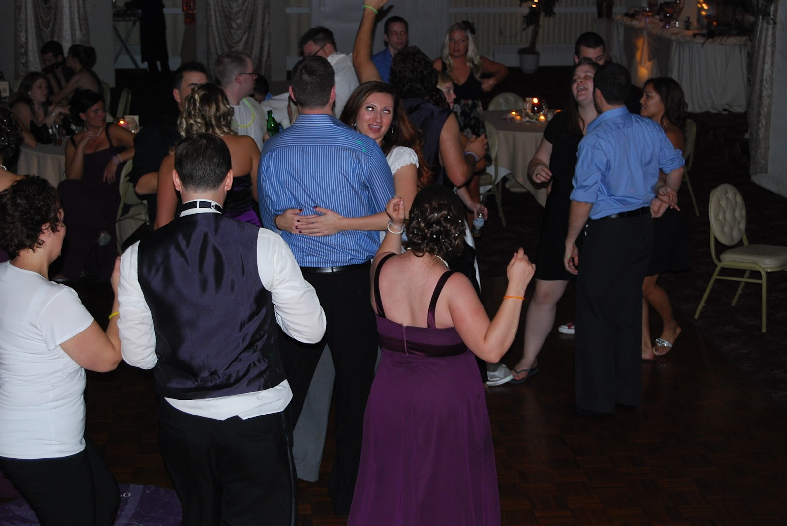 Weddings, Parties, Music & More: How To Make People Dance