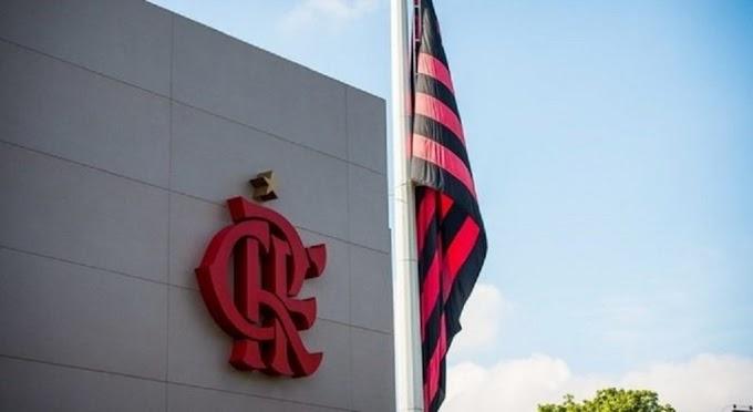 Flamengo concede férias coletivas aos jogadores e funcionários de base