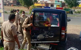 The police raided the dhaba, the police were stunned when the rooms opened